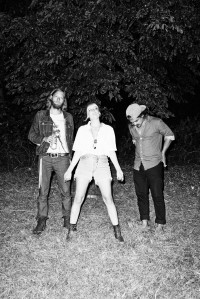 Evelinn_Trouble_Trio15_kl